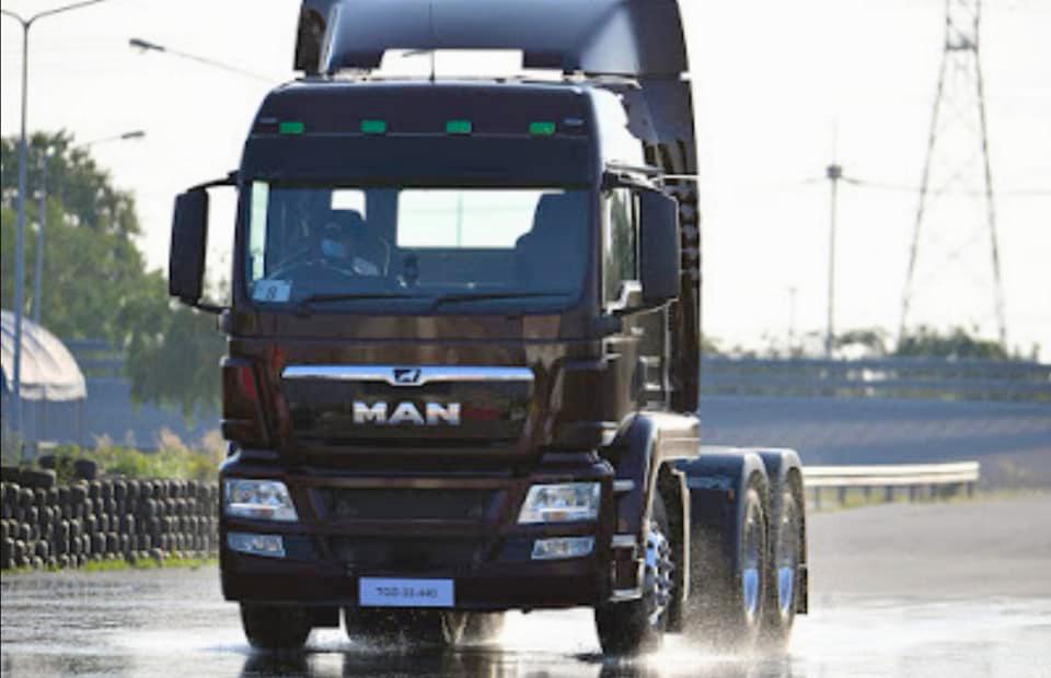 """""""เอ็ม เอ เอ็น"""" โชว์สมรรถนะรถบรรทุกหัวลาก TGS 360 400 และ 440 แรงม้า CBU ประกอบเยอรมนี 100% แข็งแกร่ง ทนทาน มาตรฐานระดับโลก"""