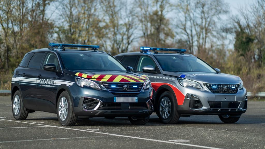 เป็นตำรวจฝรั่งเศสก็ต้อง Peugeot 5008
