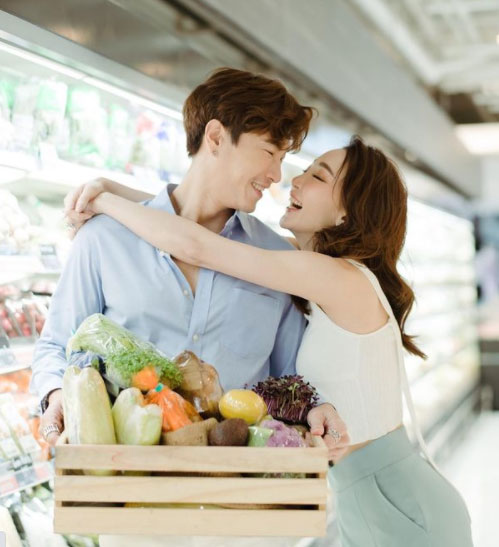 """เปิดภาพพรีเวดดิ้งคู่รักสายกิน """"มาวิน-ตู่"""" มันก็จะเลอะเทอะหน่อย"""