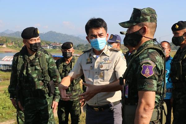 แม่ทัพภาคที่ 1 ตรวจเยี่ยม หน่วยเฉพาะกิจลาดหญ้า และ การป้องกันโควิต 19 ตามแนวชายแดน