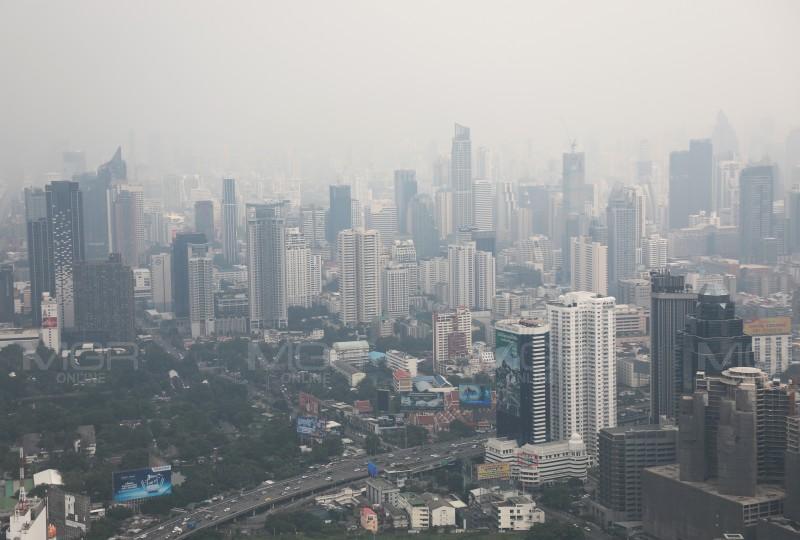 น่าห่วง! ค่าฝุ่น PM 2.5 กทม. เกินมาตราฐาน 26 พื้นที่ คุณภาพอากาศปานกลาง แนะออกนอกบ้าน-ทำกิจกรรมกลางแจ้ง สวมหน้ากากอนามัย