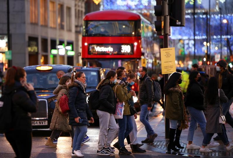 ผวา! อังกฤษยกระดับคุมเข้ม 'สูงสุด' ในลอนดอน หลังพบโควิด-19 กลายพันธุ์-คนติดเชื้อเพียบ