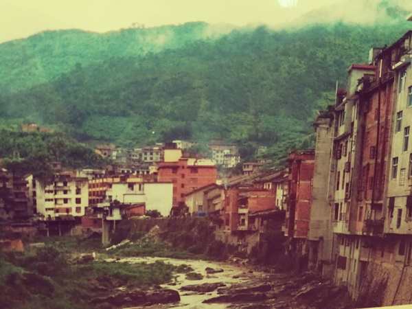 หมู่บ้านต้าเฉียวหรือต่วยเกอหล่าว บนหุบเขาเมืองฟุโจว (ถ่ายโดย ยุทธิยง ลิ้มเลิศวาที)