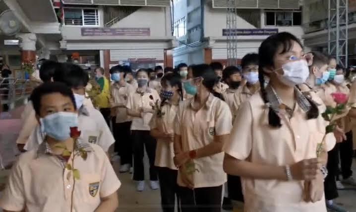 ศาลแขวงนนทบุรีปรับ 6,000 บาท ครูพี่เลี้ยงร.ร.สารสาสน์ ตีฝ่ามือ-ทำร้ายเด็ก