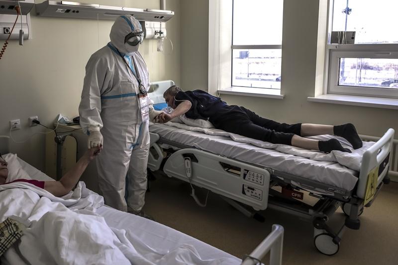 รัสเซียรับยอดตายโควิดสูงกว่าที่เผย 3 เท่า  แคลิฟอร์เนียยังวิกฤต เตียงICUเหลือน้อย ผู้ว่าเล็งล็อกดาวน์ต่อ