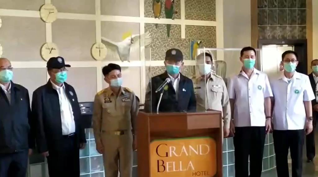 นายกฯ ตรวจสถานกักกันโรคชลบุรี ยันดูแลบุคลากรแพทย์ ขอทุกภาคส่วนร่วมมือเอาชนะโควิด