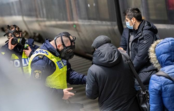 กว่าจะรู้ตัว!สวีเดนเพิ่งตื่นแนะนำประชาชนสวมหน้ากาก หลังยอดตายจากโควิดทุบสถิติสูงสุด