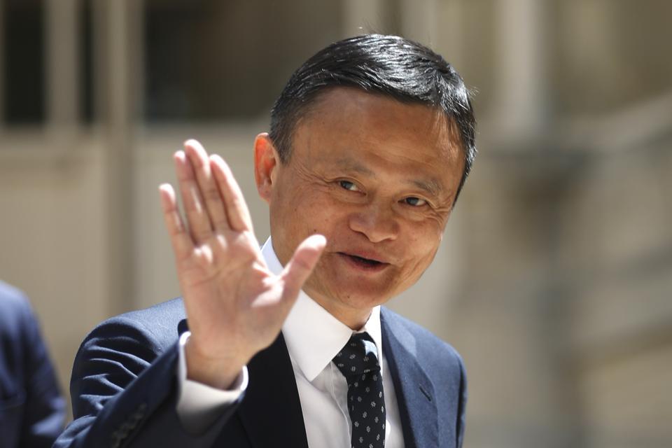 แจ็ค หม่า ตกอันดับฯ รวยสุดในจีน ยกบัลลังก์ให้ราชาน้ำดื่มฯ จงสานส่าน