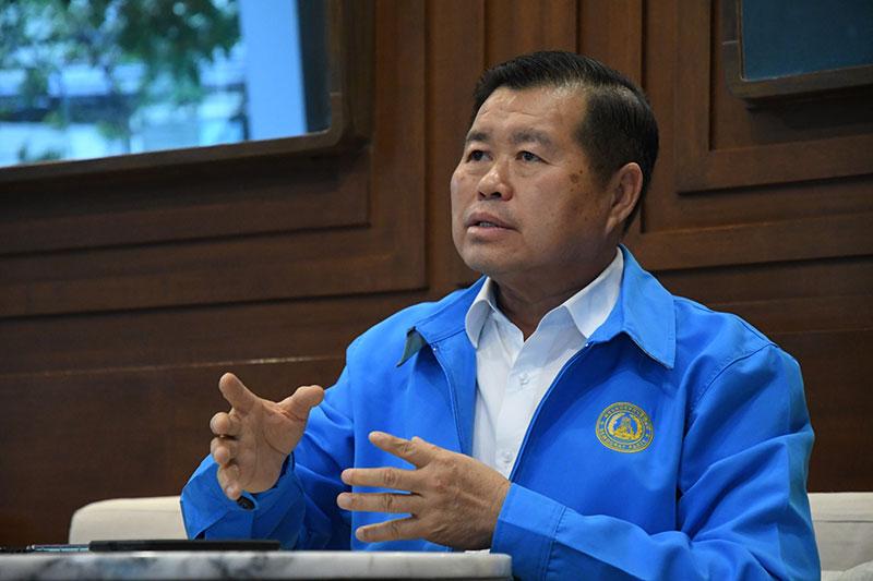 นายนิพนธ์ บุญญามณี รัฐมนตรีช่วยว่าการกระทรวงมหาดไทย และรองหัวหน้าพรรคประชาธิปัตย์ (ภาพจากแฟ้ม)