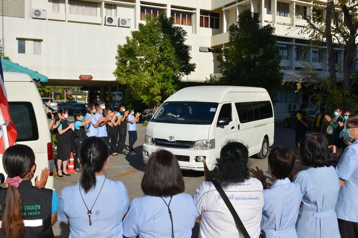 เขตสุขภาพที่8และ จ.อุดรธานีส่งทีมแพทย์และสาธารณสุขช่วยรพ.สนามสมุทรสาคร