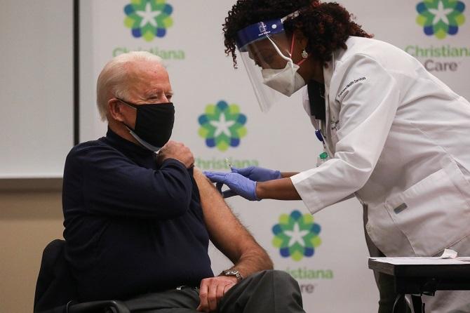 ไม่มีหวั่น!ไบเดนเตรียมเข้ารับวัคซีนโควิด-19โดส2ของไฟเซอร์ในวันจันทร์
