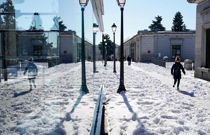 หิมะถล่มฉุดอุณหภูมิสเปนดำดิ่งสุดขั้ว ติดลบ25องศาเซลเซียส!!(ชมคลิป)