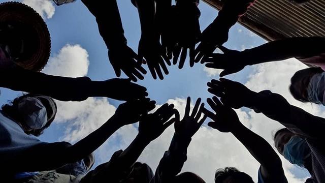 Imagine Thailand Movement ประเมินสถานการณ์โควิดรอบใหม่ แนะ 5 สิ่งที่ต้องทำ หากต้องอยู่กับโรค /ดร.อุดม หงส์ชาติกุล