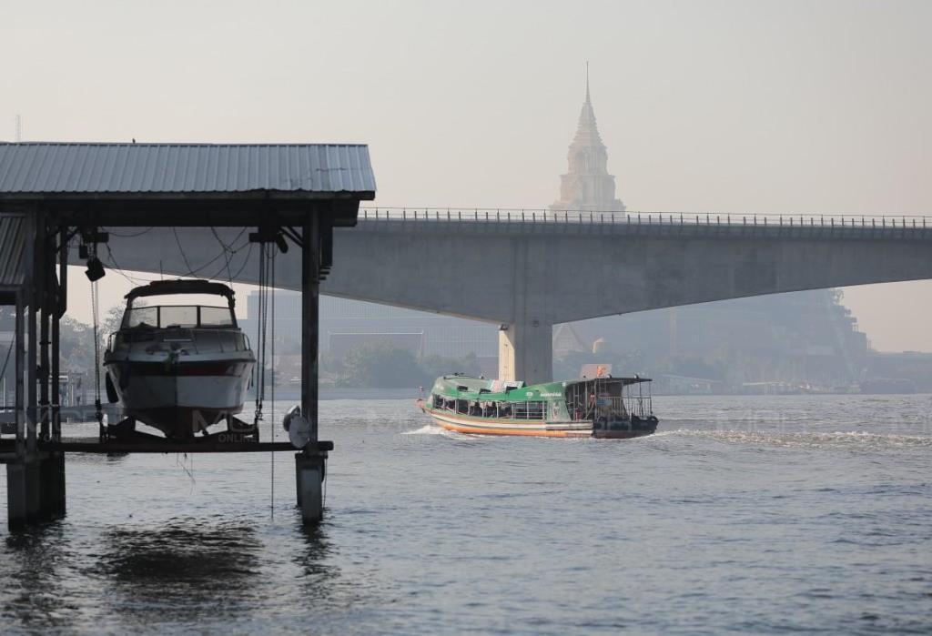 กทม. อากาศเย็นฝุ่น PM 2.5 ฟุ้ง เกินมาตรฐาน 69 พื้นที่ 49 เขต