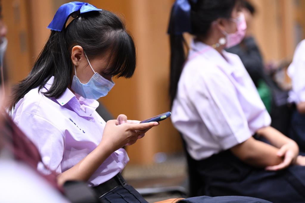 เผยวันเด็กปีนี้เด็กไทย89 เปอร์เซนต์ ใช้เวลาอยู่ในโลกออนไลน์มากกว่าผู้ปกครอง