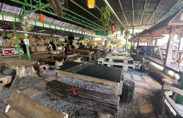 เจ้าของร้านอาหารเมืองตราด โอดพิษโควิด-19 ทำหนี้ท่วมแจงวันนี้ในพื้นที่ไม่มีผู้ป่วยแล้ว