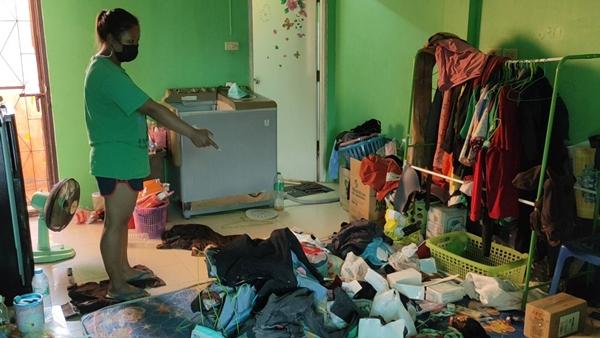 แก๊งโจรแสบออกอาละวาด ลักทรัพย์ห้องพัก 4 ห้อง ของหายกันเพียบ
