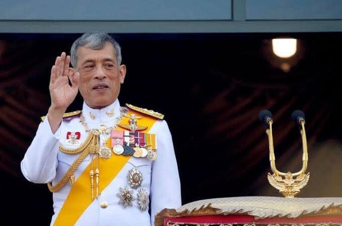 """แสงแห่ง """"ธรรมราชา""""ทักทอร้อยรักระหว่างสถาบันพระมหากษัตริย์ กับพสกนิกรทุกเชื้อชาติ"""