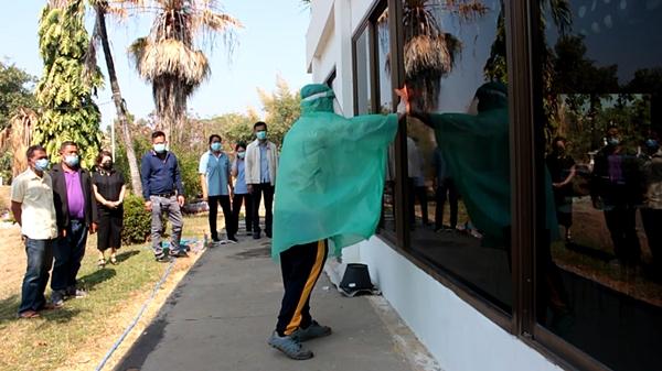 ชาวราชบุรี ร้องให้มีการจัดการ ที่กักตัวผู้สัมผัสใกล้ชิดไม่ปลอดภัย