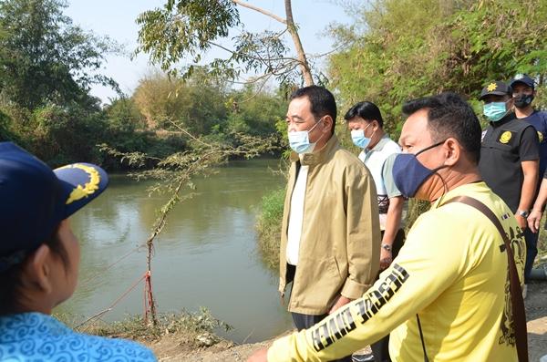 ผู้ว่าฯ กาญจน์ ประกาศให้ คลองท่าสาร-บางปลา เขตพื้นที่อันตรายจากจระเข้