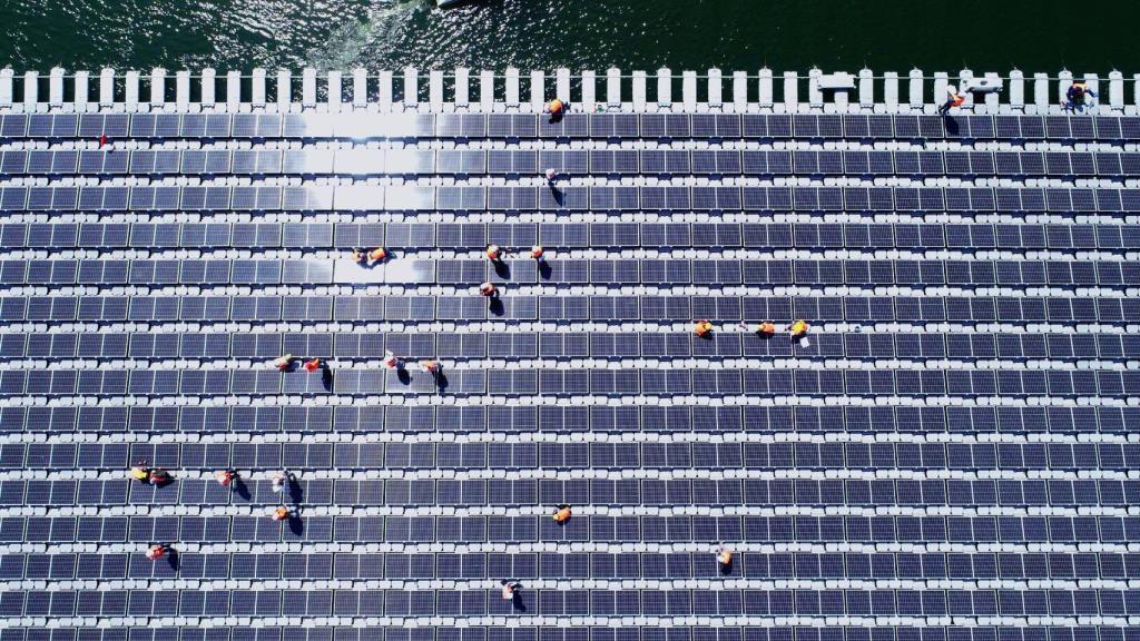 """ทุบสถิติโลก! """"โซลาร์เซลล์ลอยน้ำไฮบริดเขื่อนสิรินธร"""" ใหญ่ที่สุดในโลก เตรียมชูเป็นแหล่งท่องเที่ยวใหม่"""
