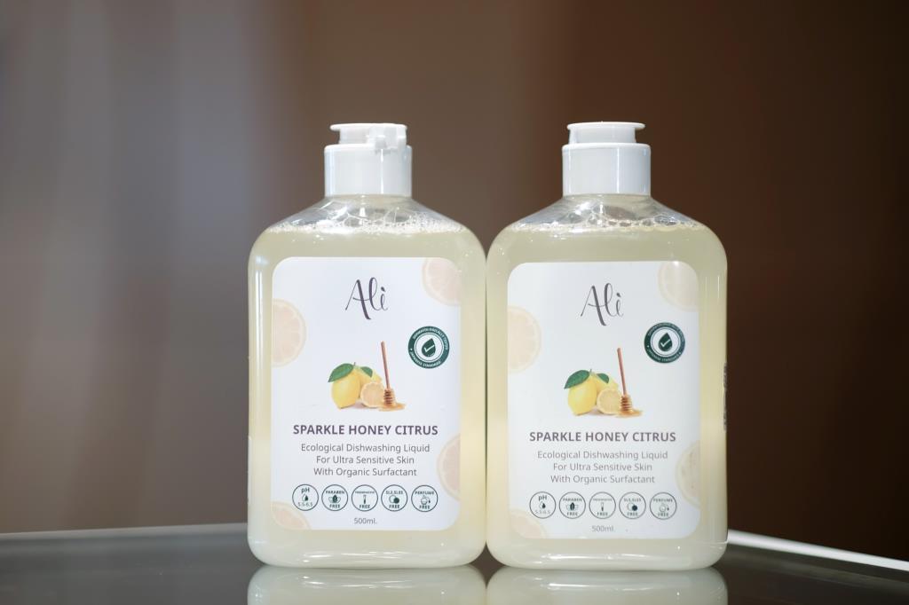 แบรนด์  Ali  ผลิตภัณฑ์น้ำยาล้างจานเลมอนออร์แกนิกไทย