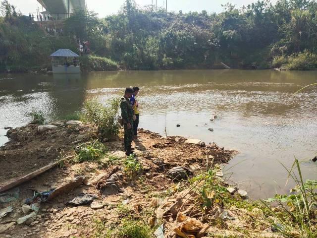 สลด!หนุ่มพม่าเครียดคิดสั้นโดดสะพานไทย-พม่า ร่างกระแทกน้ำเมยดับ