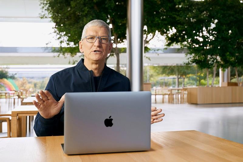 """Apple ลือหึ่ง """"MacBook Air Pro"""" บาง-เบามาแน่ จับตาลุยหูฟัง VR ปีหน้า"""
