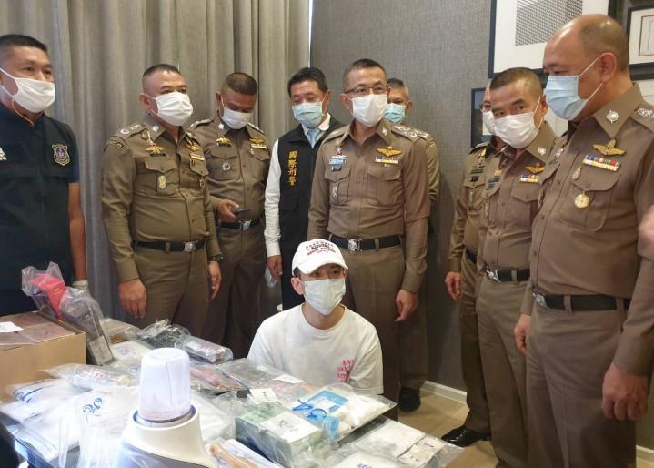 ตำรวจปส.ฝากขัง-ค้านประกัน หนุ่มไต้หวัน เอเย่นต์เคนมผงรายใหญ่ กับเมียคนไทย