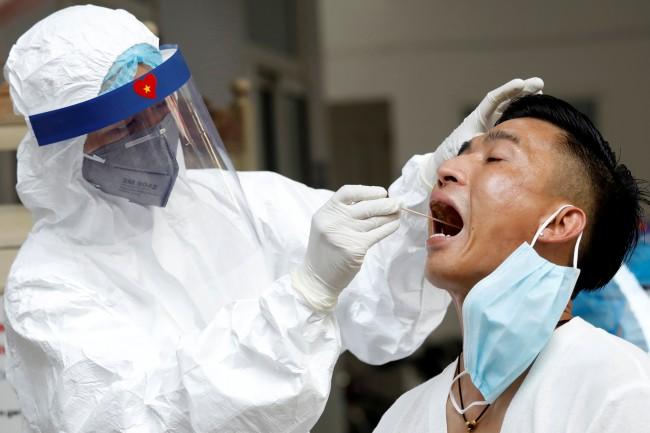 เวียดนามยันพบผู้ป่วยติดเชื้อในประเทศ 2 รายแรกในรอบ 55 วัน