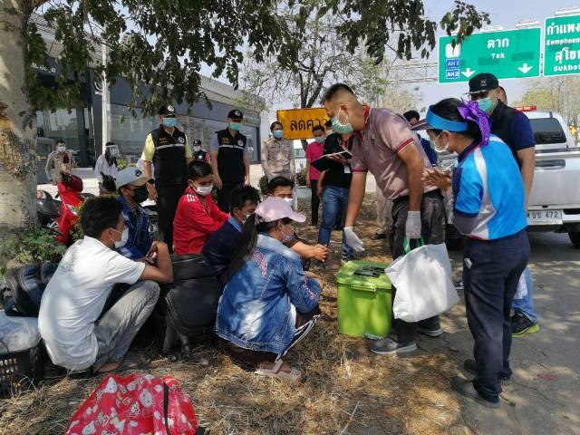แรงงานพม่าตกงานไม่พอ โดนรถตู้หลอกฟันค่าหัว-ปล่อยทิ้งข้างทางซ้ำไม่มีแม้แต่เงินกินข้าว