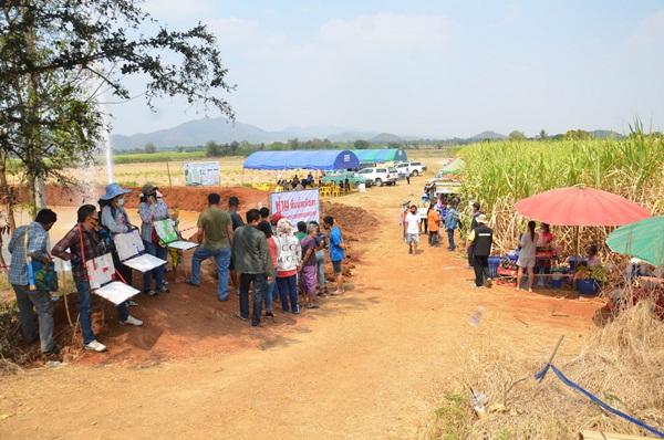 สำนักทรัพยากรน้ำบาดาล เขต 2 ยืนยันชาวบ้านห้วยกระเจา จะมีน้ำสะอาดตามมาตรฐานน้ำดื่มแน่นอน