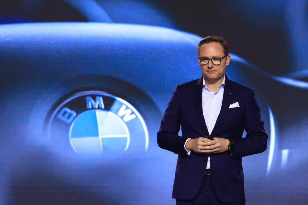 """เปิดกลยุทธ์-รถใหม่ """"BMW""""  เตรียมทัพรักษาแชมป์รถหรู"""