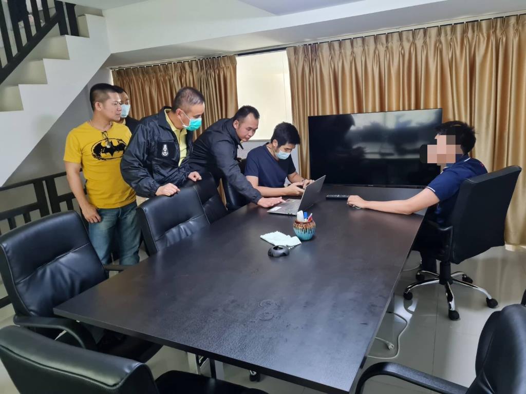 ตร.สืบภาค5บุกจับ2เว็บพนันออนไลน์กลางเชียงใหม่พบเงินหมุนเวียน10-15ล้าน