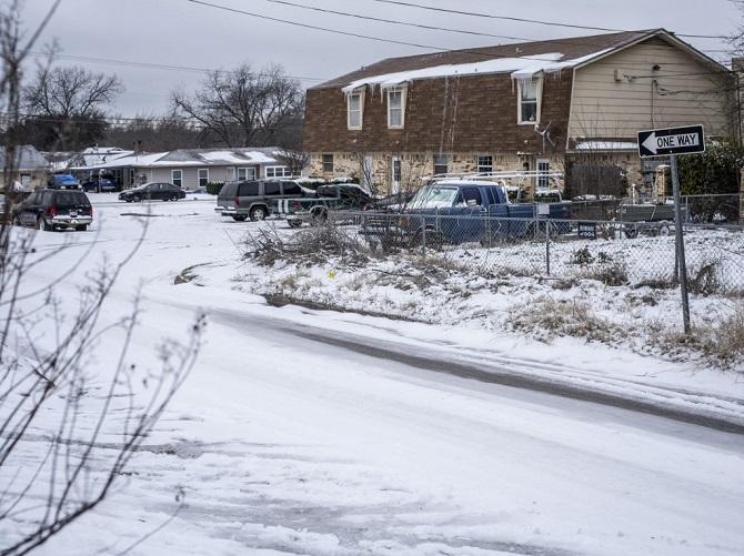 ตายแล้ว21ศพเซ่นพายุฤดูหนาวถล่มสหรัฐฯ ชาวเทกซัสทนอากาศสุดขั้วโดยไม่มีไฟฟ้าใช้