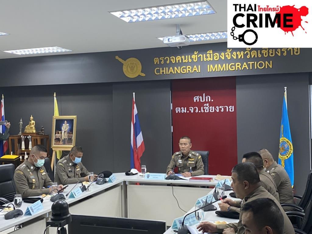 """""""บิ๊กอู๊ด""""ตรวจด่านแม่สาย หลังม็อบต้านรัฐประหารในพม่าส่อทะลักหนีเข้าไทย"""