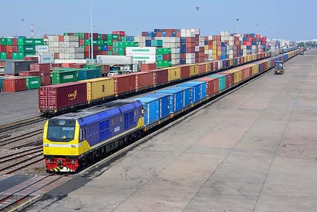 จ่อเปิด 2 เส้นทางรถไฟ นำร่องเอกชนร่วมใช้ทางขนส่งผู้โดยสาร-สินค้า