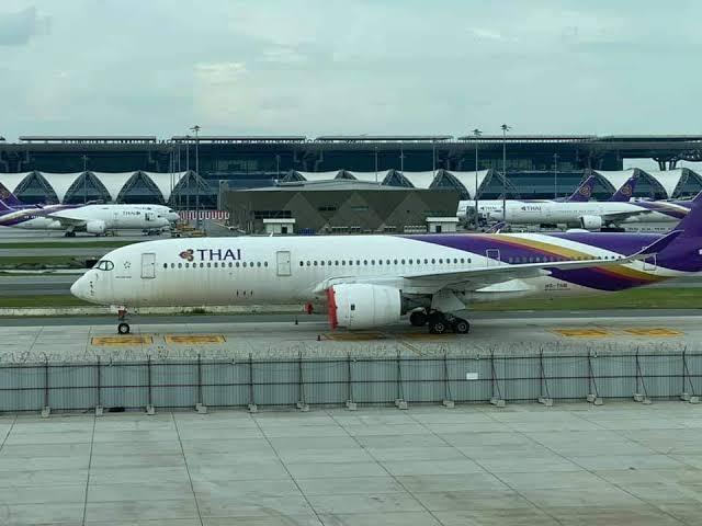 การบินไทยหัวปัก! ปี63ขาดทุนทะลุ 1.4 แสนล. ผู้โดยสารลด76%