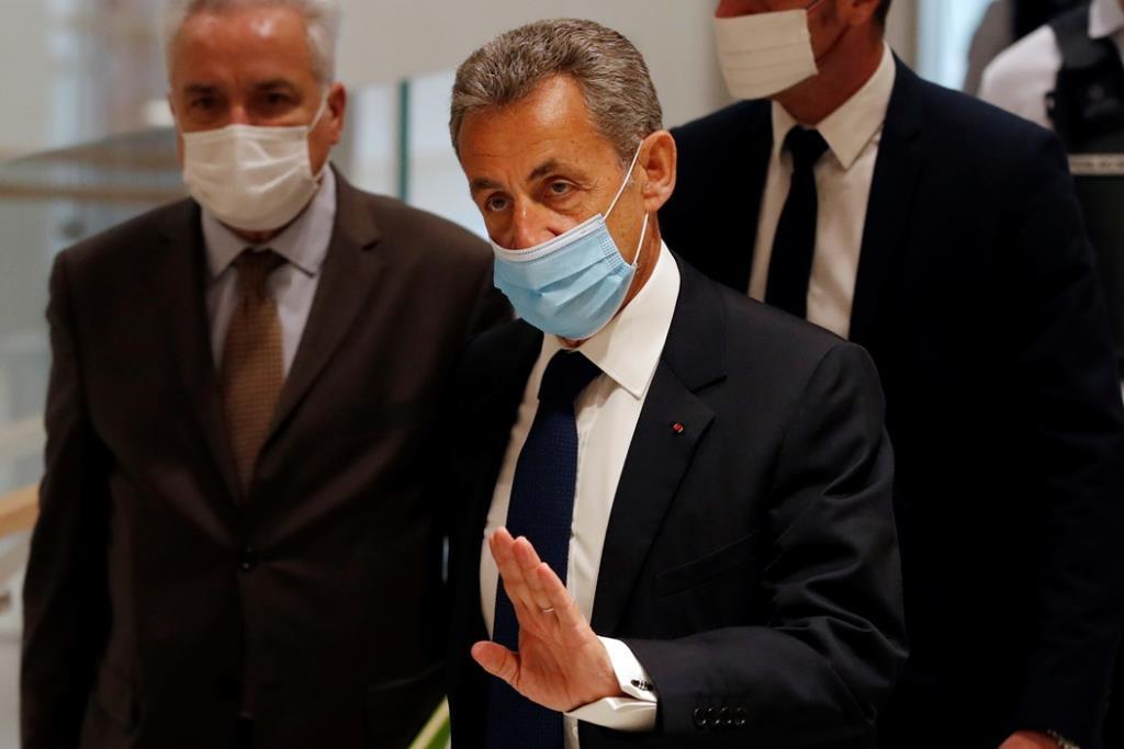 """<b><Font color = blue>In Clip: </font></b>อดีตผู้นำฝรั่งเศส """"ซาร์กอซี"""" ถูกศาลตัดสินลงโทษจำคุกฐานพยายามติดสินบนผู้พิพากษา"""