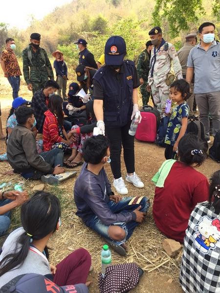 เจ้าหน้าที่กาญจน์รวบแรงงานชาวพม่าหลบหนีเข้าเมือง 2 คดี ได้ผู้ต้องหา 24 คน