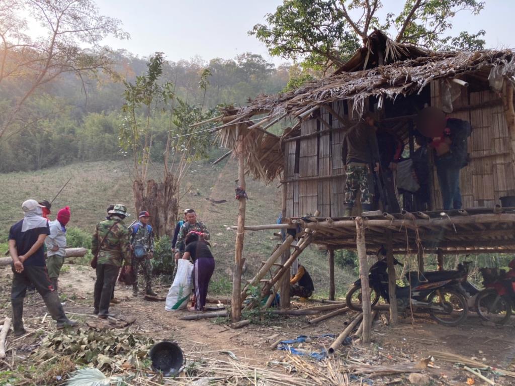 เชียงใหม่รวบ5พรานล่าสัตว์ฝ่าคำสั่งปิดป่าป้องกันเผายึดของกลางอาวุธและยาเสพติดส่งดำเนินคดีเด็ดขาด