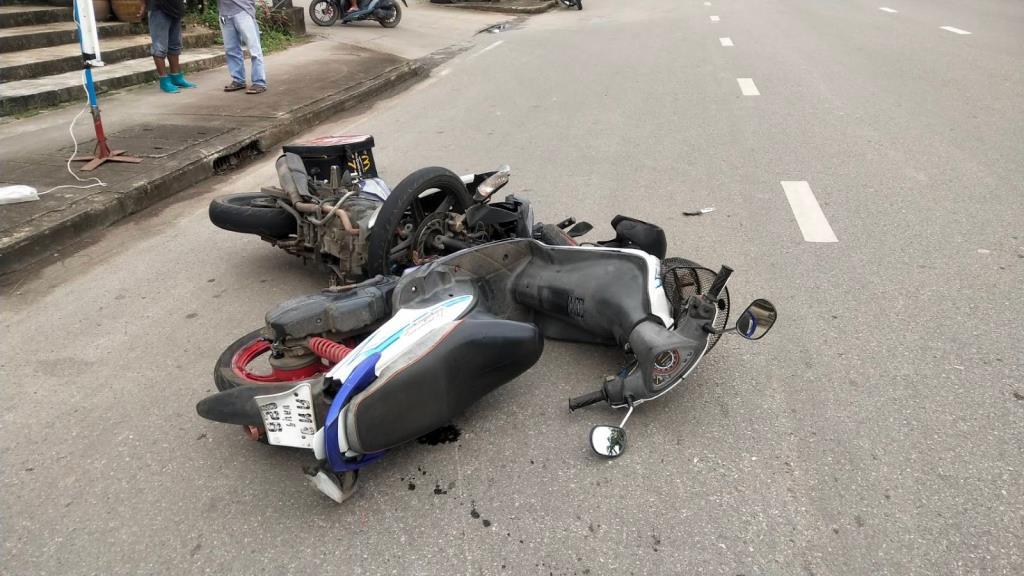 บล็อกเกอร์ต่างชาติ ตำหนิวินัยจราจรของคนไทย เศร้า จนท.ตำรวจ ก็ปล่อยผ่าน