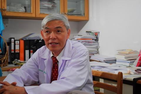 'หมอยง' เผยภูมิคุ้มกันกลุ่มต้องฉีดเกือบ 50 ล้านคน วัคซีนที่ไทยเตรียมไว้ยังไม่พอ