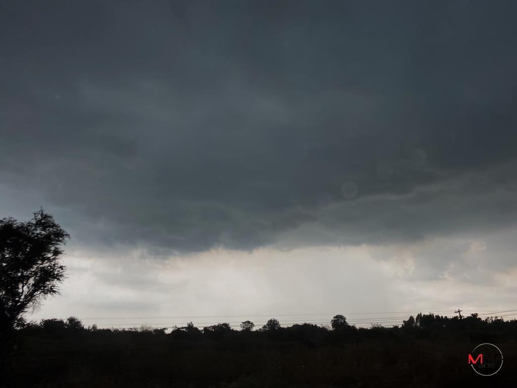 ทั่วไทยอากาศร้อน-มีฟ้าหลัว เตือน เหนือตอนล่าง-อีสาน-กลาง-ตะวันออก ฝนฟ้าคะนอง-ลมกระโชกแรง