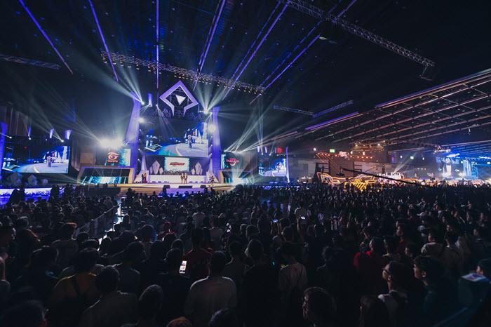 """Garena World 2021"" ยกระดับสู่ Virtual Event ผสานเทคโนโลยีเสมือนจริง!"