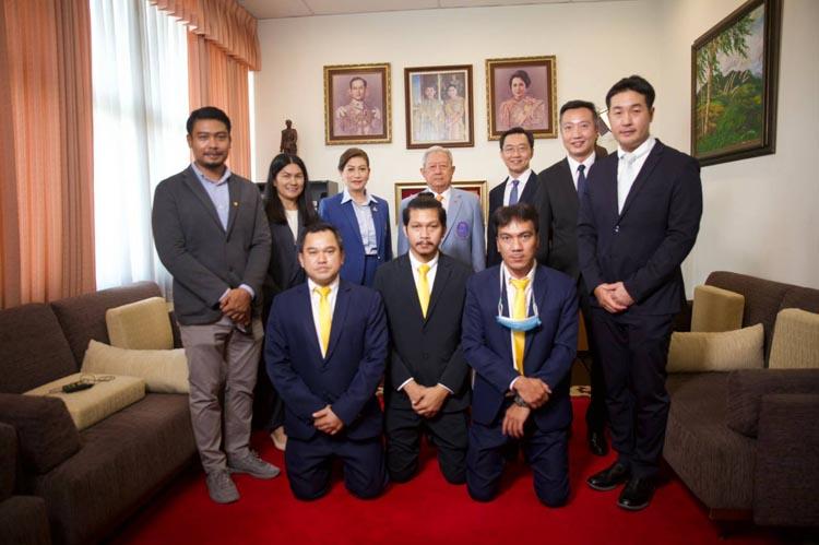 """TNN ช่อง 16 เข้าพบประธานมูลนิธิรัฐบุรุษฯ ยืนยันพร้อมเป็นสื่อสร้างสรรค์สารคดี """"เชื่อมใจใต้"""" เสริมพลังบวกเยาวชนไทย 5 จังหวัดชายแดนใต้"""