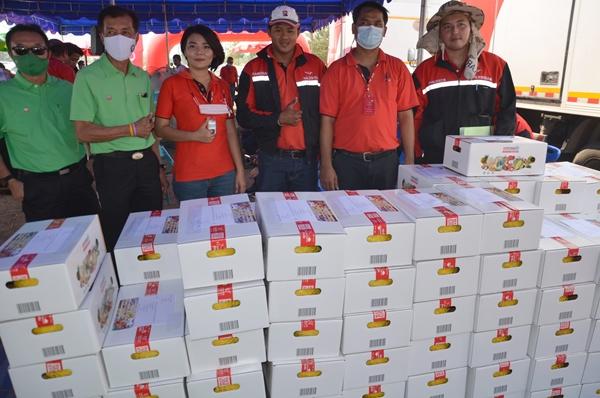 จัด เมล่อนสีทอง ส่งไปรษณีย์ไทยถึงมือลูกค้า ช่วยแก้ปัญหาราคาตกต่ำ