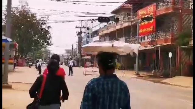 ตัดเน็ตไม่พอ!พม่าไล่เกณฑ์ชายฉกรรจ์ถึงหมู่บ้าน คาดส่งฝึกทหาร-ลูกหาบ เหมือน 20 ปีก่อน