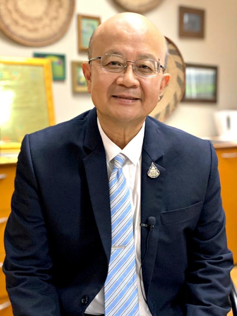 แม่ทัพใหญ่ส่งออก หนุนเพิ่มศักยภาพผู้ประกอบการ OTOP ยุคดิจิทัล วิถีใหม่ สร้างรายได้ เติบโตอย่างยั่งยืน ขับเคลื่อนเศรษฐกิจไทย