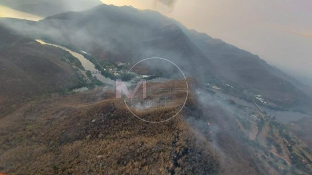 สาหัส!ไฟป่าลามไหม้ผืนป่าฝั่งขวาน้ำปิงข้ามวันข้ามคืนถึงเขื่อนภูมิพลแล้ว